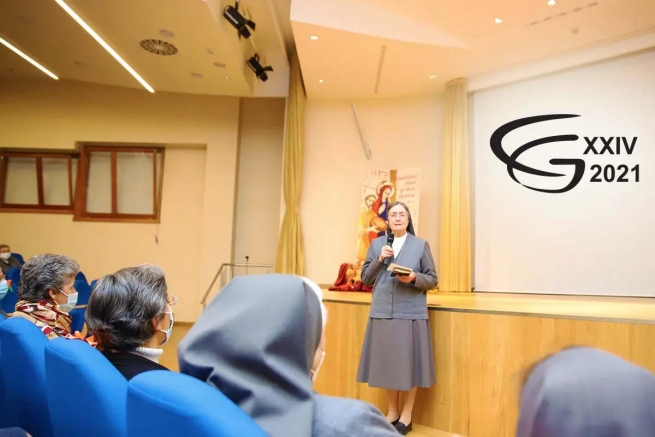 """Italy – FMA's 24th GC: the first """"Goodnight"""" of Mother General Chiara Cazzuola"""